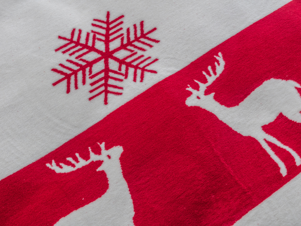 Lovely Deers Pamuklu Tek Kişilik Battaniye 150x200 Cm Kırmızı