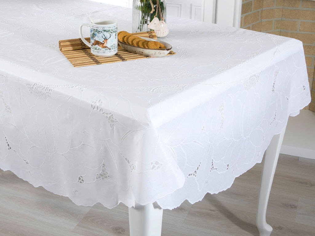 Dora Vinil Oval Masa Ortusu 152x228 Cm Beyaz