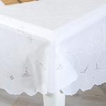 Dora Vinil Oval Masa Örtüsü 137x182 Cm Beyaz