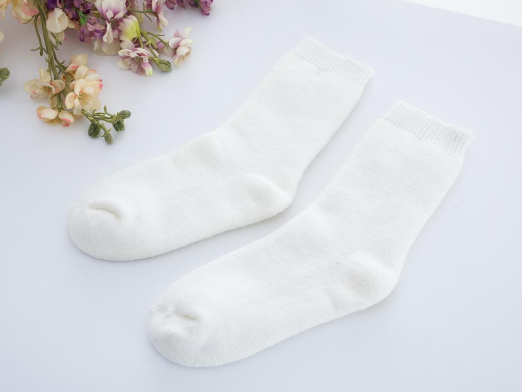 Big Roses Termal Termal Soket Bayan Çorap 35-39 Ekru