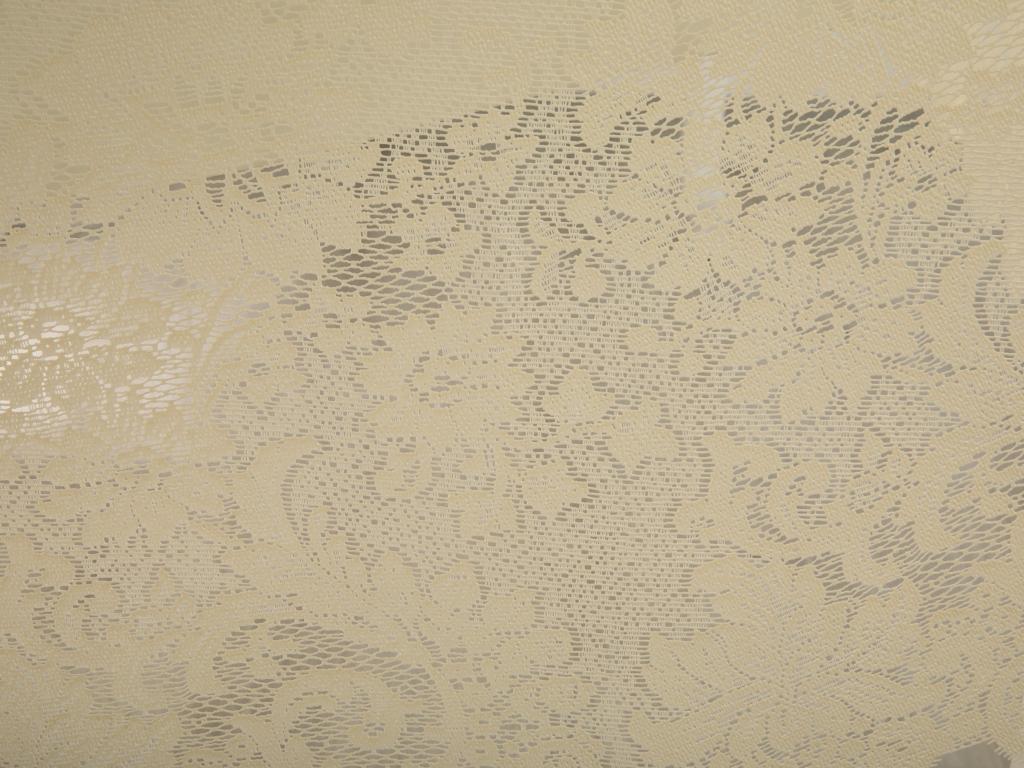Big Rose Vinil Oval Masa Örtüsü 152x228 Cm Fildişi