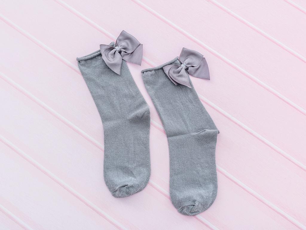 Kurdeleli Simli Bayan Soket Çorap 35-39 Gri