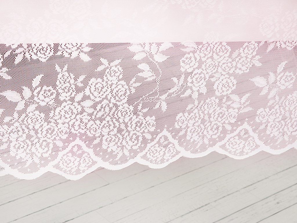 Rose Scroll Örme Masa Örtüsü 145x145 Cm Pembe