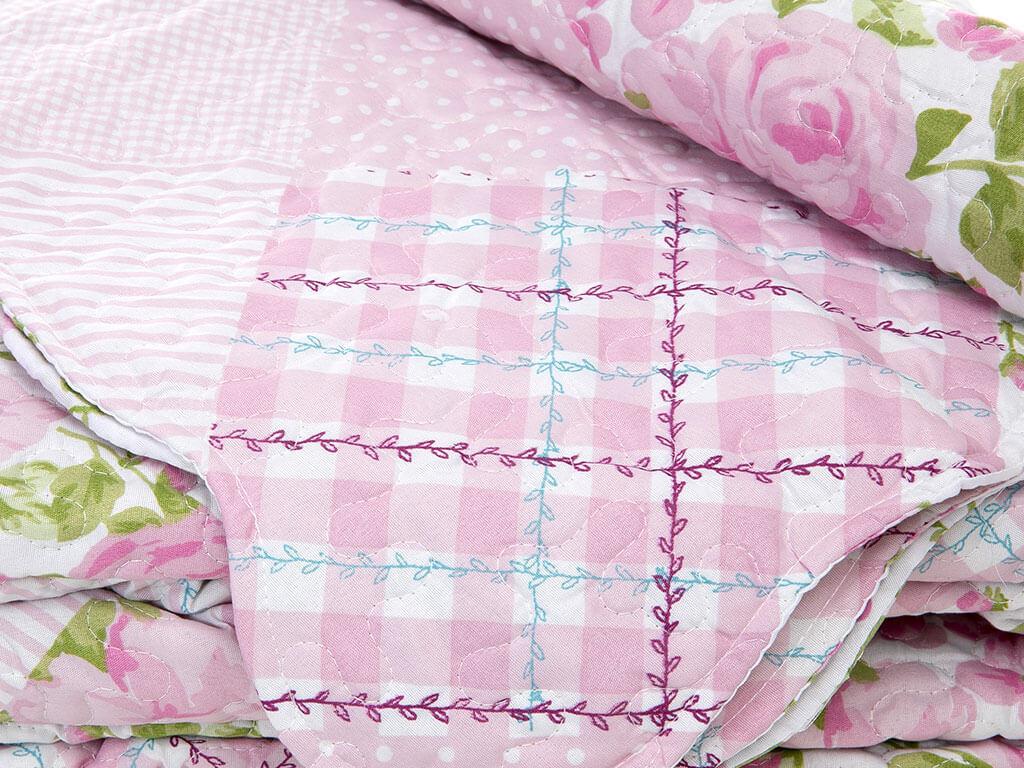 Rose Rain Patchwork Baskılı Çift Kişilik Yatak Örtüsü Takımı 240x260 Cm Pembe