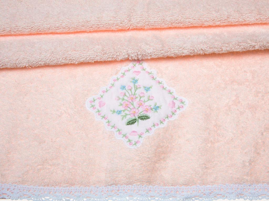 Lovely Bouquet Nakışlı Kopanakili Yüz Havlusu 50x80 Cm Pudra