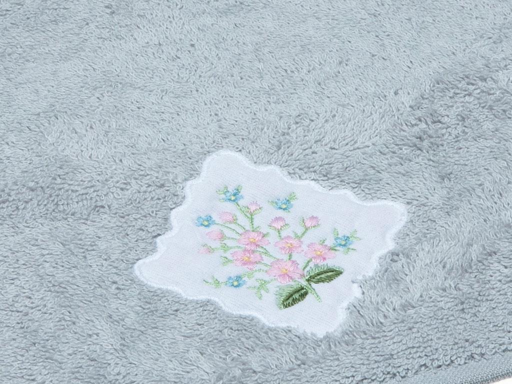 Lovely Bouquet Nakışlı El Havlusu 30x45 Cm Gri