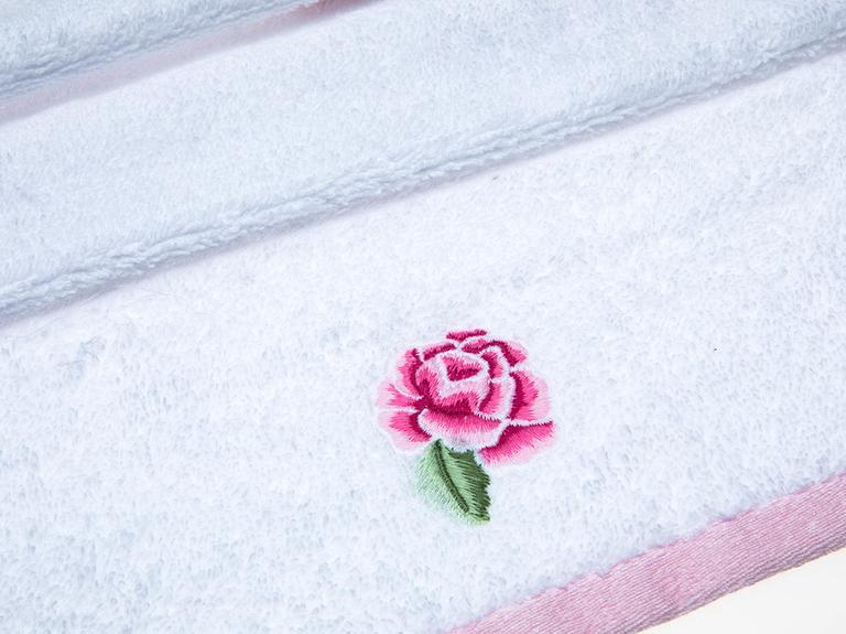 Spring Time Nakışlı El Havlusu 30x45 Cm Beyaz