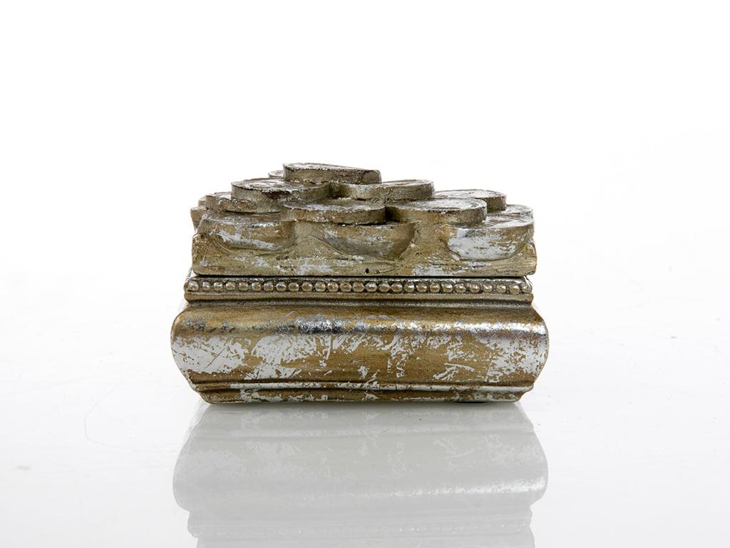 Lucy Polyresin Dekoratıf Kutu 7x6x4 Gold