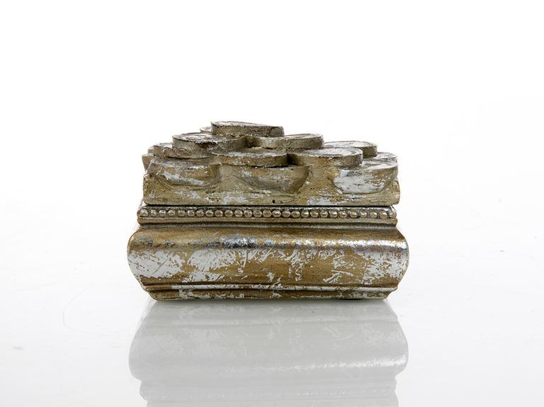 Lucy Polyresin Dekoratif Kutu 7x6x4 Gold