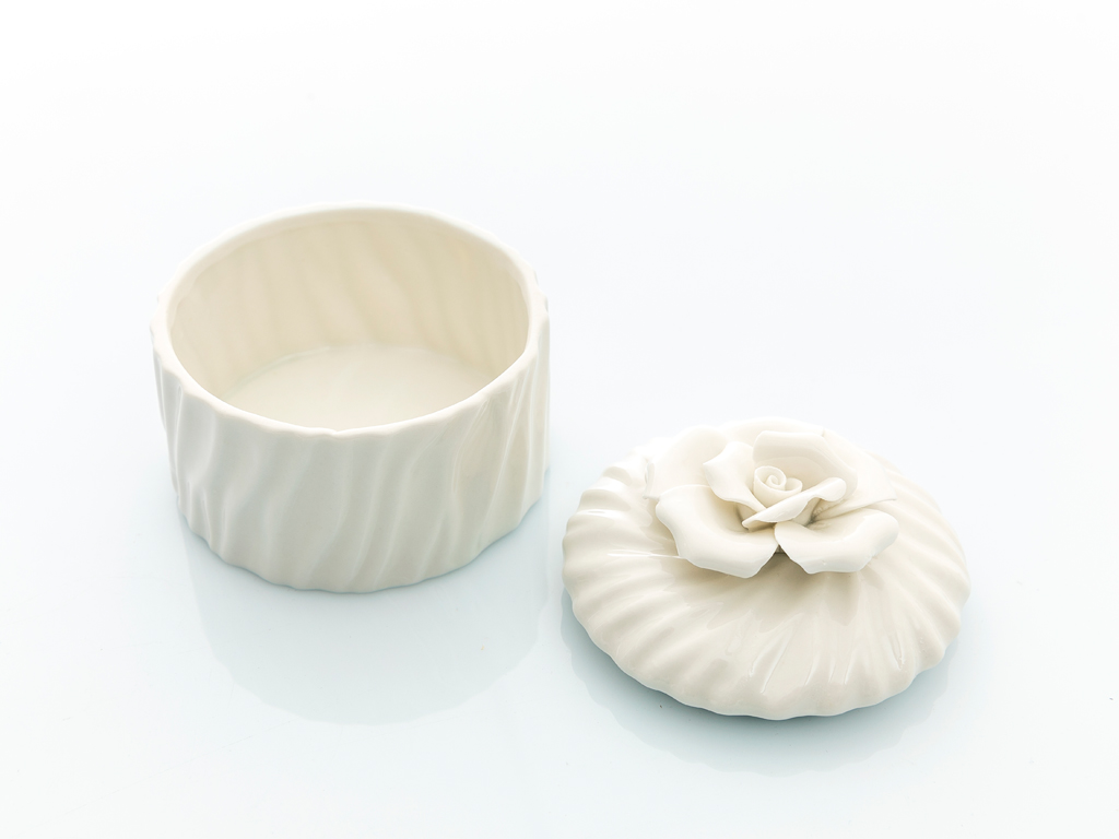 Georgeous Rose Stoneware Dekoratıf Kutu 9x10x10 Cm Beyaz