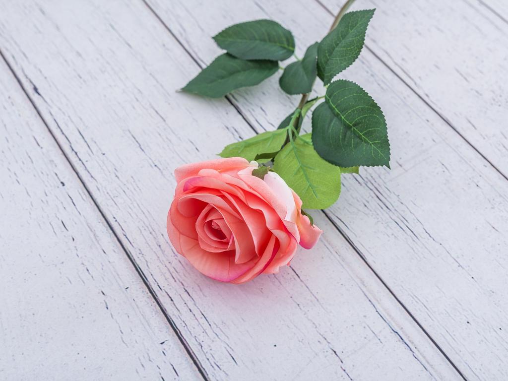 Rose Bud Yapay Çiçek 78 Cm Koyu Pembe