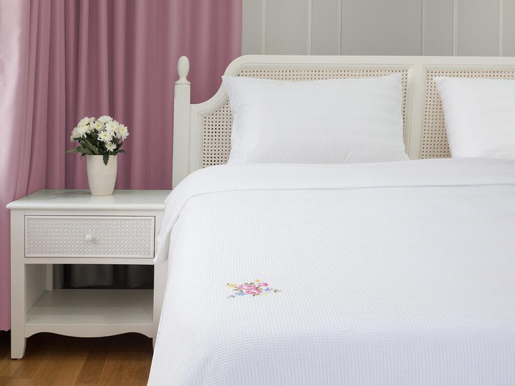 Pastel Dream Çift Kişilik Pike 220x240 Cm Beyaz