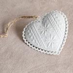 Heart Metal Askılı Aksesuar 8x7 Cm Beyaz