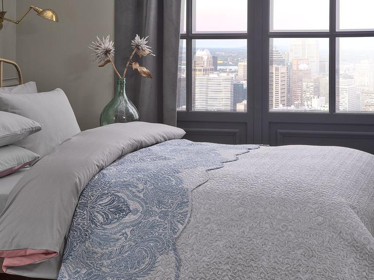 Urban Damask Çift Kişilik Çok Amaçlı Yatak Örtüsü 200x220 Cm Mavi