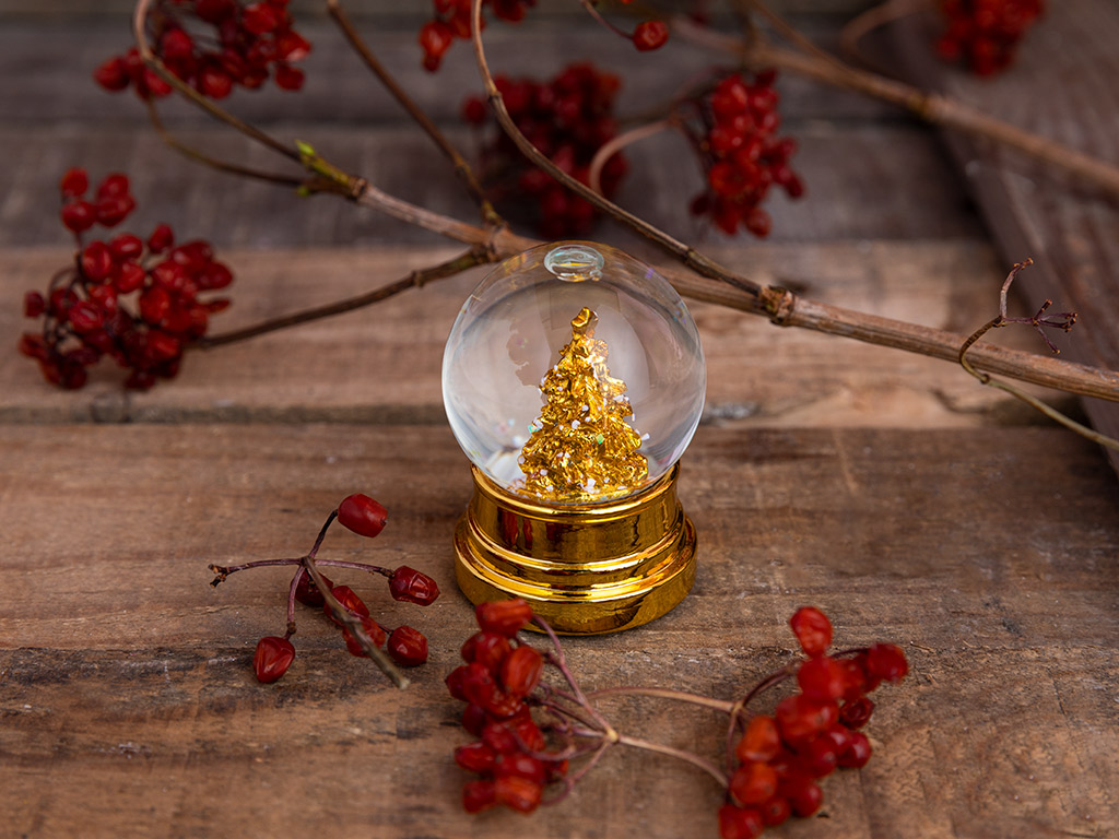 Golden Kar Küresı 4,5 X 4,5 X 6,2 Cm Beyaz
