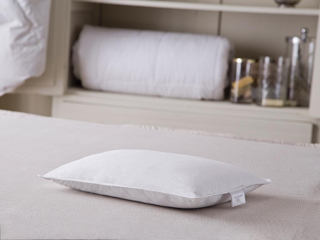 Soft Kaz Tüyü Bebe Yastık 35x45 Cm Beyaz