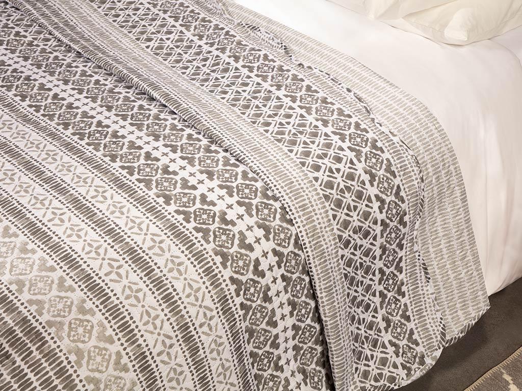 Ethnic Diamond Tek Kişilik Çok Amaçlı Yatak Örtüsü 160x220 Cm Gri