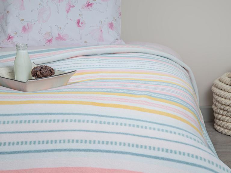 Pure Stripe Pamuklu Tek Kişilik Çocuk Battaniye 150x200 Cm Pembe