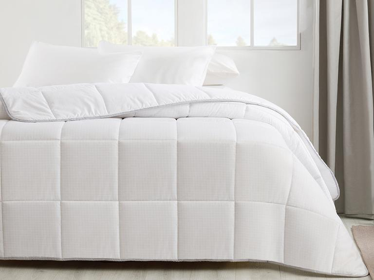 Free Antistress Çift Kişilik Yorgan 195x215 Cm Beyaz