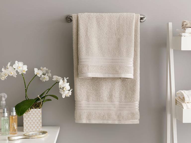 Romantic Stripe Floşlu Banyo Havlusu Takımı 50x85cm + 70x150cm Açık Gri
