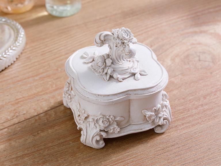 Santa Polyresin Dekoratif Kutu 9x9x9.5 Beyaz
