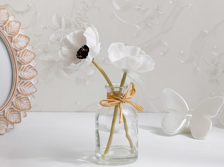 Garden Passion Soft Plastic Vazolu Yapay Çiçek 5,5X5,5X19 Beyaz