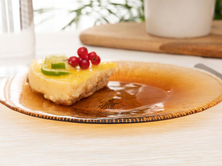 Fuchsia Cam Pasta Tabağı 21 Cm Amber