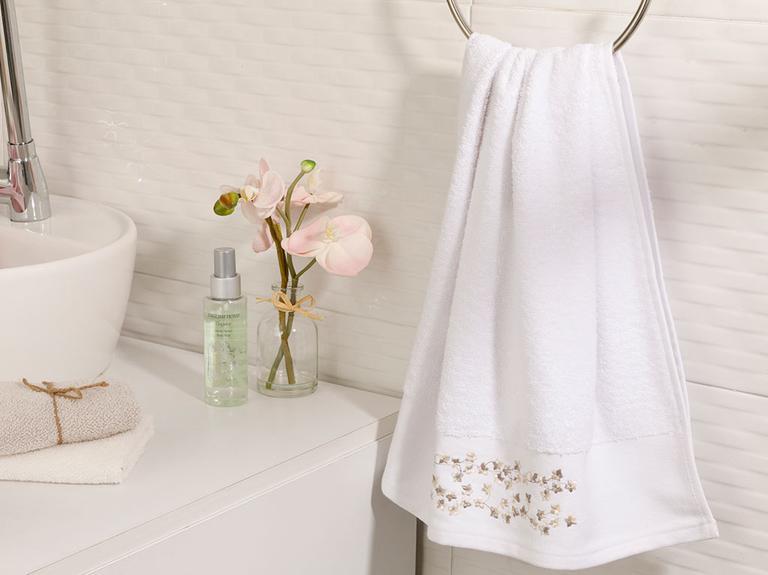 Romance Bordürlü Yüz Havlusu 50x80 Cm Beyaz - Bej