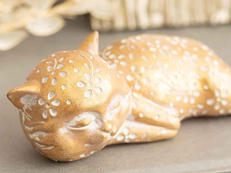 Forward Looking Cat Polyresin Biblo 17,8x7,5x5,5 Cm Gold