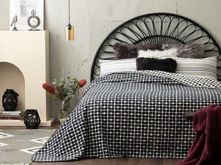 English Home Pamuklu Çift Kişilik Battaniye 200x220 Cm Beyaz - Lacivert