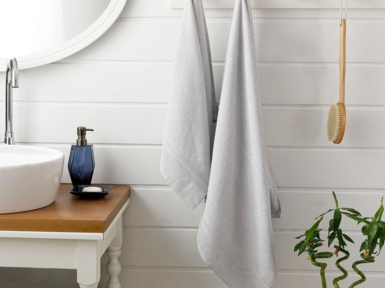 Thin Stripe Fitilli 2'li Banyo Havlusu Takımı 50x85+70x140cm Açık Gri