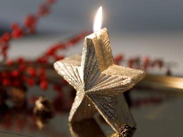 Little Star Parafin Mum 9x5,5 Cm Gold