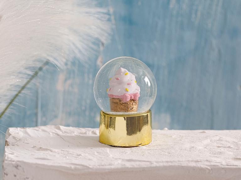 Love Cupcakes Stone Powder/polyresin Kar Küresi 4,5x4,5x6,0 Cm Gold