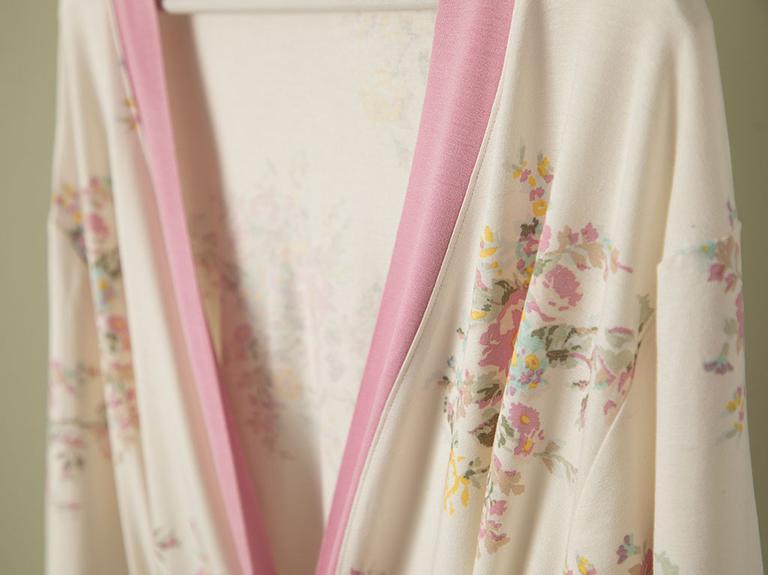 Romantic Floral Viskon Sabahlık S-m Beyaz