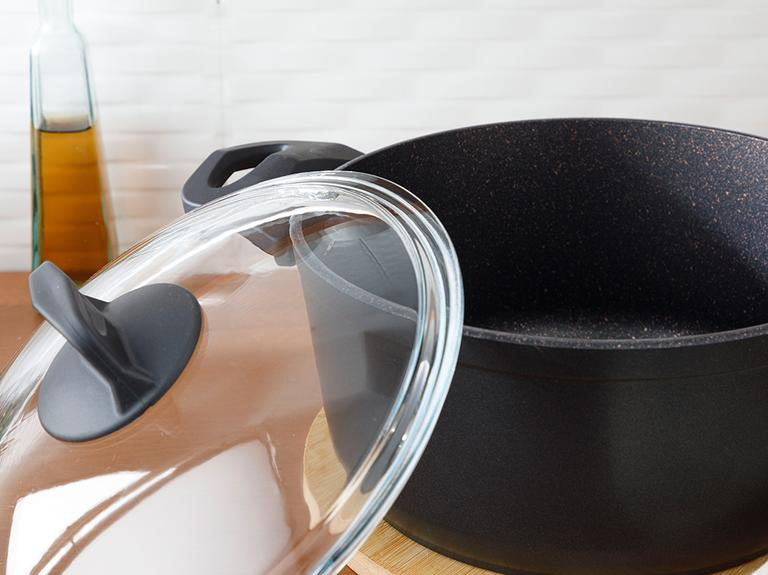 Emma Granit Cam Kapaklı Derin Tencere 24 Cm Siyah