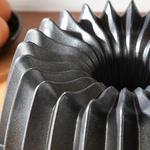 Pretty Döküm Dilimli Kek Kalıbı 26x8,5 Cm Siyah