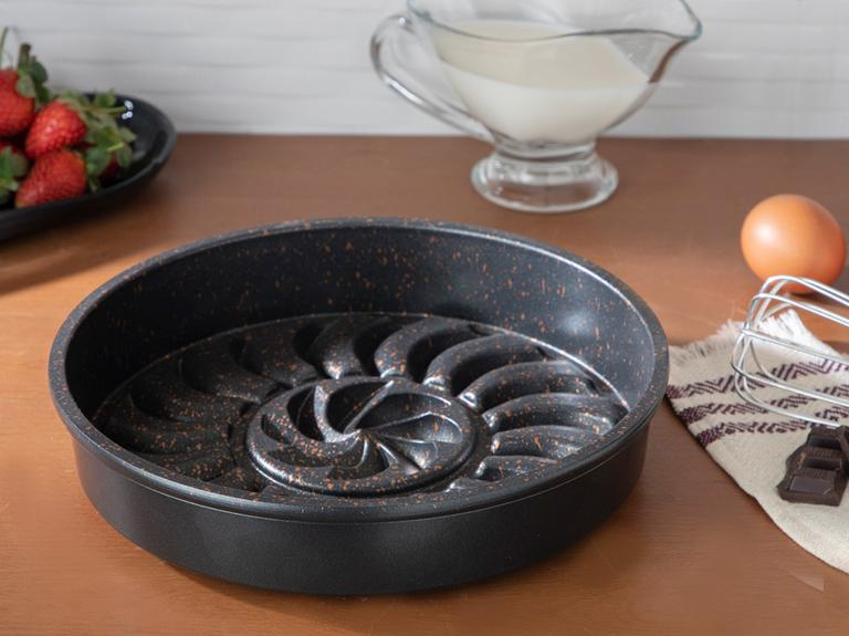Pretty Döküm Kek Kalıbı 26 Cm Siyah
