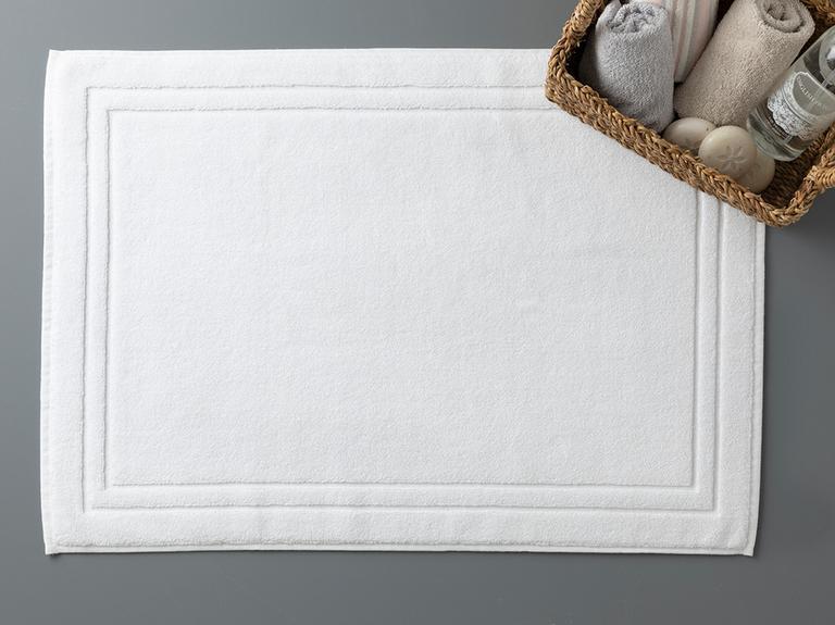Thick and Double Frame Ayak Havlusu 50x70 Cm Beyaz