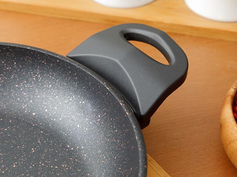 Emma Granit Tekli Sahan 20 Cm Siyah