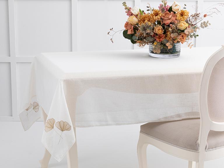 Gingko Nakışlı Linen Masa Örtüsü 150x200 Cm Krem