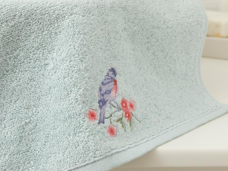 Sprig Birds Nakışlı El Havlusu 30x45 Cm Seledon
