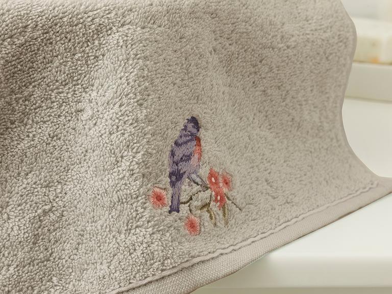Sprig Birds Nakışlı El Havlusu 30x45 Cm Koyu Bej