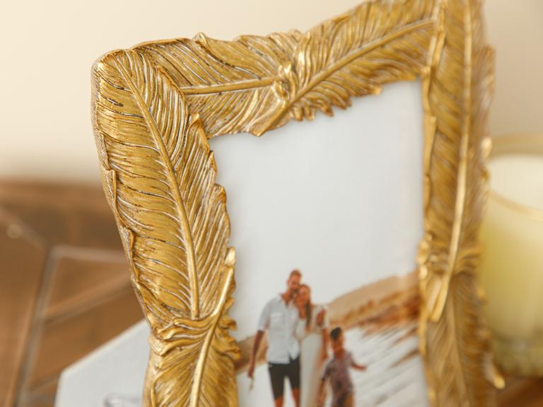 Feathers Çerçeve 20.3x24.8x1.8cm Gold