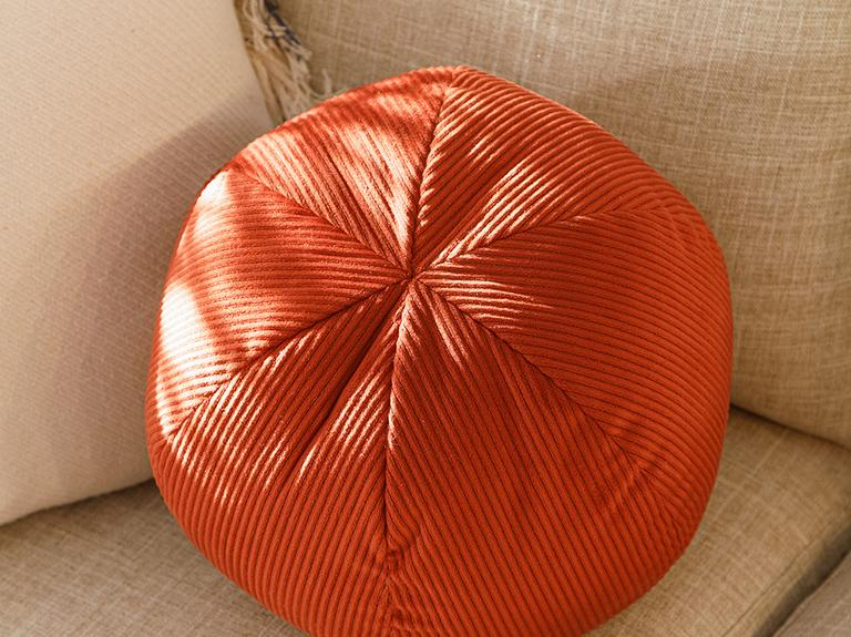 Ball Fitilli Dekoratif Kırlent 40 Cm Kiremit