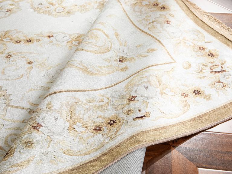 Silk Touch Olivia Kadife Halı 80x140 Cm Ekru