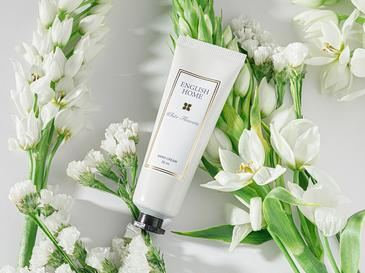 Beyaz Çiçekler El Kremi 30 Ml Bej