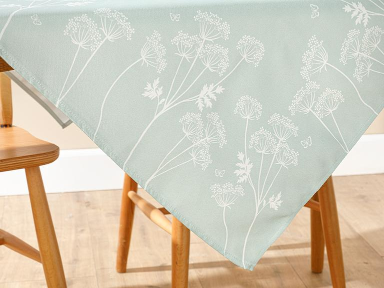 Chervil Polyester Kare Masa Örtüsü 100x100 Cm Yeşil