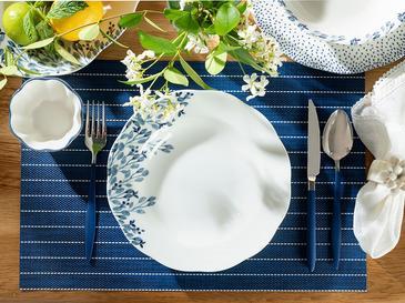 Clover Flower Porselen Çukur Tabak 23 Cm Beyaz - Mavi
